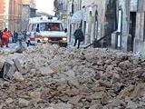 L'Aquila: ospedale inagibile e crolli negli edifici pubblici