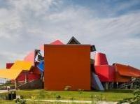 Il Biomuseo di Panama firmato da Frank Gehry a un passo dall'inaugurazione