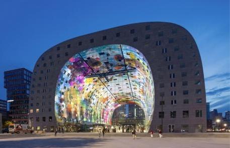 Markthal Rotterdam, lo spettacolare mercato-condominio di Mvrdv