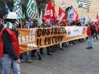 30mila lavoratori in piazza per il settore delle costruzioni