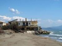 Cemento abusivo sulle spiagge: 13 mila reati nel 2011
