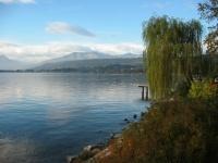 News: Legambiente: il 62,5% dei laghi italiani e' fuori norma - Si e' conclusa la 7a edizione della campagna Goletta dei Laghi per il monitoraggio dello stato di salute delle acque lacustri