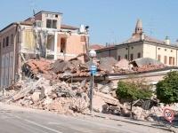News: Terremoto: le imprese dovranno iscriversi alle Casse edili - Un'ordinanza del Commissario pone l'obbligo per le aziende impegnate nei lavori di ricostruzione, anche se di breve durata