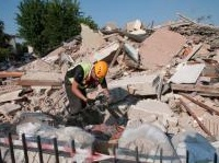 News: La ricostruzione in Emilia-Romagna, a un anno dal terremoto - La Regione pubblica un dossier che traccia un bilancio delle attivita' realizzate, le risorse messe in campo, le strategie e i risultati gia' ottenuti