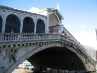 Il ponte di Rialto cerca sponsor