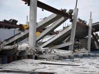 News: 40 indagati per il crollo dei capannoni in Emilia  - La decisione della Procura di Modena riguarda la scossa di terremoto del 29 maggio scorso: il crollo di diversi capannoni industriali ha provocato 11 vittime