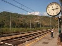 News: Opere civili presso le stazioni di Montemaggiore Belsito, Villarosa e Villalba - Gara per alcuni interventi su sottopassi, sovrappassi e abbattimento di barriere architettoniche in tre stazioni ferroviarie siciliane