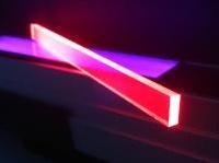 energia: Edifici fotovoltaici grazie a nanoparticelle fluorescenti  -   Una scoperta dell�Universita' di Milano Bicocca per trasformare tutte le parti di una costruzione in pannelli solari