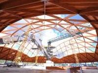 strutture: Edilizia in legno, il cantiere delle cupole per la centrale Enel -   A Brindisi si costruiscono due strutture emisferiche di grande complessita' tecnica, del diametro che sfiora i 150 metri. I dettagli sulla lavorazione