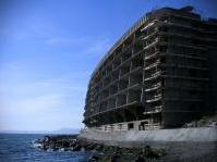 varie: Abusivismo edilizio, un business da 1,7 miliardi di euro -   � uno dei dati del dossier di Legambiente Ecomafia 2014 che analizza reati ambientali e corruzione in Italia, dall'agroalimentare ai rifiuti
