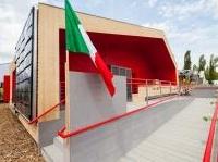 News: Solar Decathlon al via con l'eco-casa per la periferia di Roma - A Versailles inizia la gara per Rhome for dencity, il progetto di Roma Tre che promuove il concetto di 'ri-densificazione sostenibile'