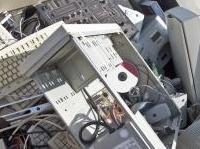 ambiente: Raccolta Raee, il sistema funziona: 20mila tonnellate nel 2013 -   Il consorzio Ecolight fa il punto sulla gestione dei rifiuti elettrici ed elettronici: i quantitativi calano a causa della crisi, ma il tasso di recupero ha raggiunto il 95%