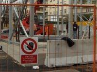 sicurezza: Cantieri piu' insicuri: 50 inadempienze gravi ogni 100 visite -   Ad affermarlo e' il Rapporto Cncpt 2014 sulla sicurezza in edilizia. Nel corso delle visite ai cantieri sono state registrate 87.207 inadempienze