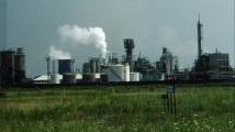 Porto Marghera verso la chimica verde: firmato l'accordo Eni - Mise