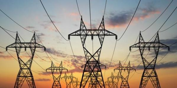 I consumi energetici delle famiglie italiane superano i 42 miliardi di euro: Nel 2013, le famiglie hanno speso per consumi energetici oltre 42 miliardi di euro, con una spesa media per famiglia pari a 1.635 euro