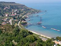 La salute di coste e mare rivelati da Legambiente: 2 reati a km, il cemento invade il litorale